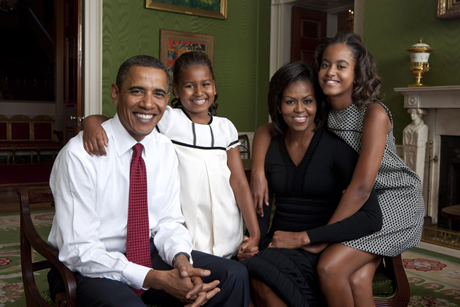 image-442530-Barack Obama and Family 2009 Resized.png